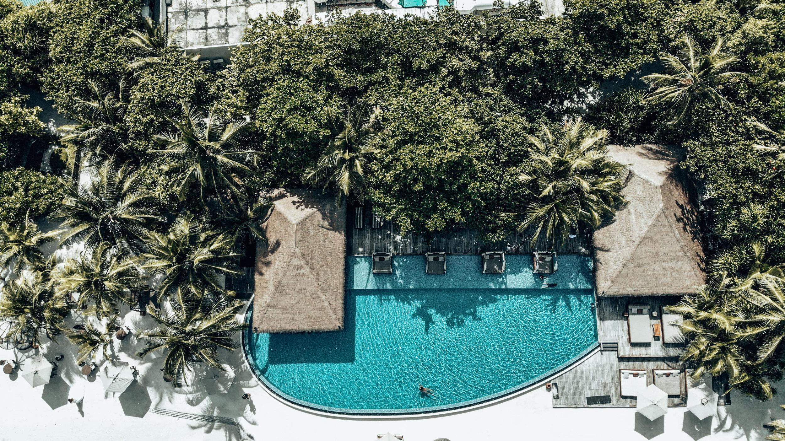 The Residence Maldives Falhumaafushi Pool