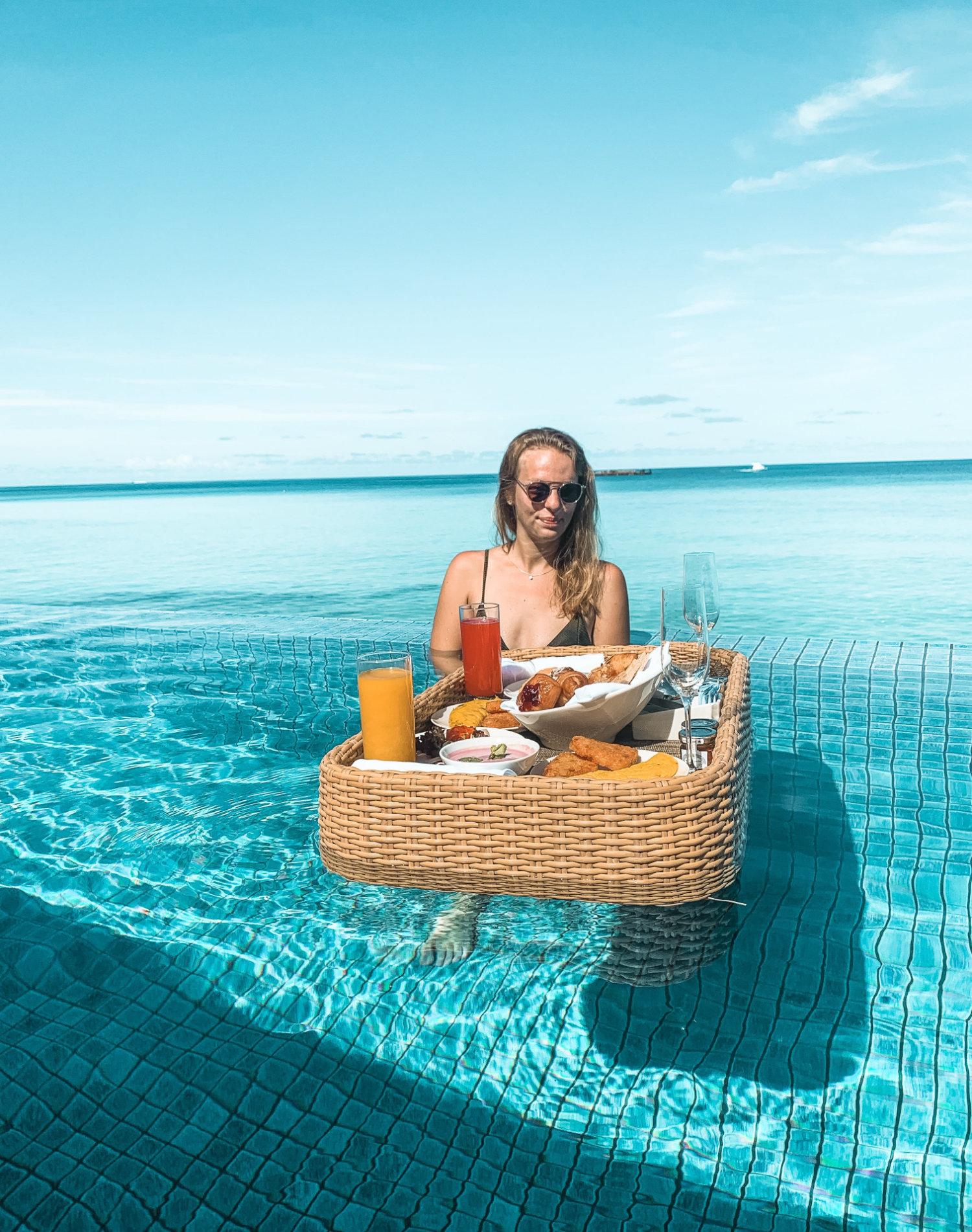 The Residence Malediven Floating Frühstück